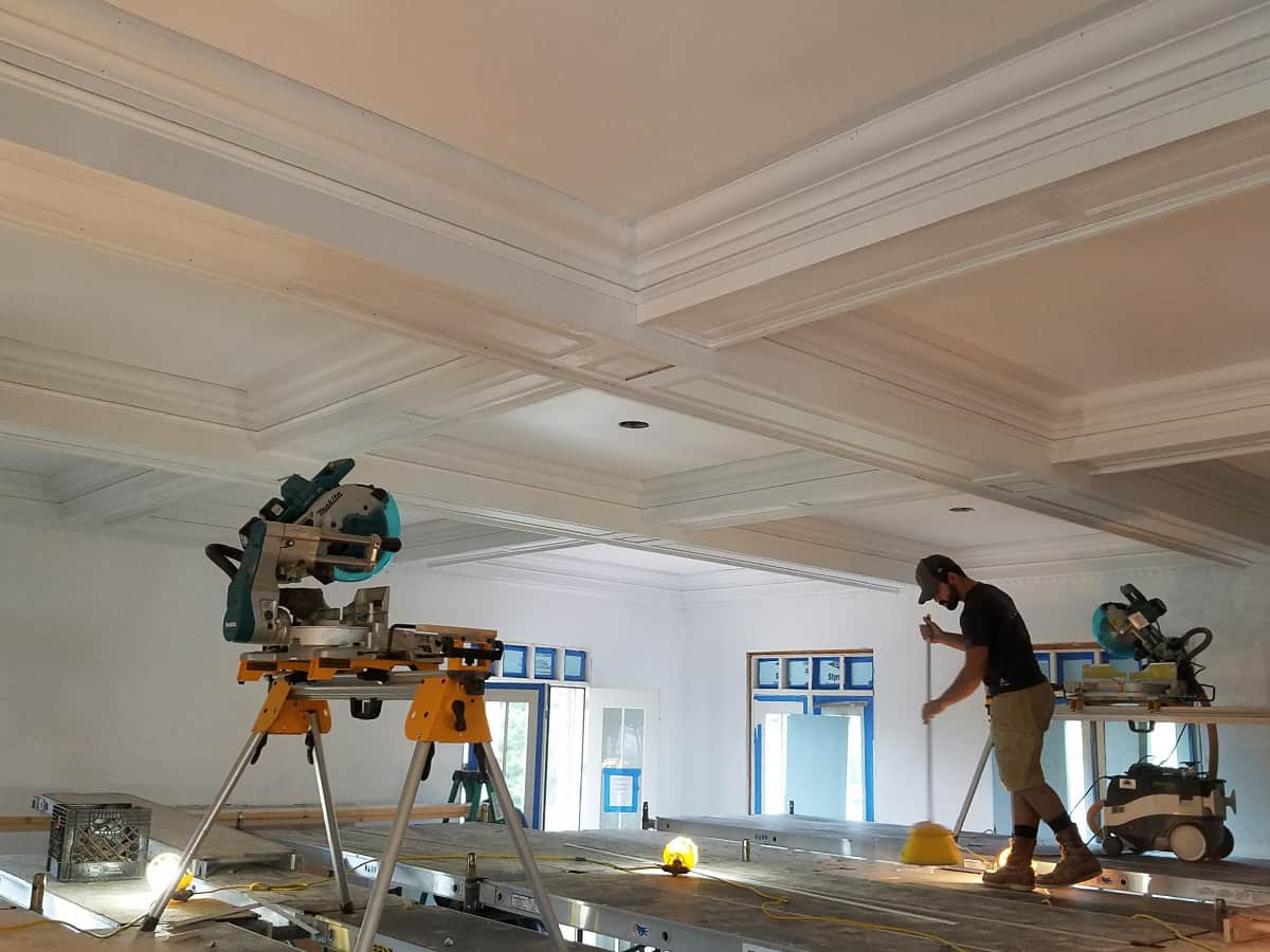 Crown Molding Services-Wichita Falls TX Professional Painting Contractors-We offer Residential & Commercial Painting, Interior Painting, Exterior Painting, Primer Painting, Industrial Painting, Professional Painters, Institutional Painters, and more.